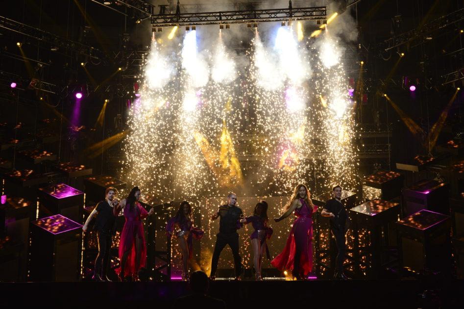 Så var artisternas fredagsrep: Mendez skippar julgransbelysningen