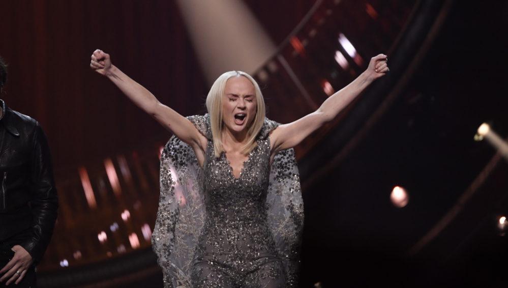 Anna Bergendahl ny etta på Svensktoppen – inför Melodifestivalen 2019-finalen