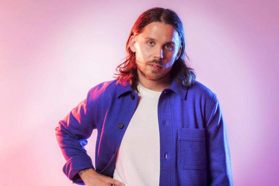 """Bidragsbibeln: Albin Johnsén med """"Livet börjar nu"""" i Melodifestivalen 2020"""