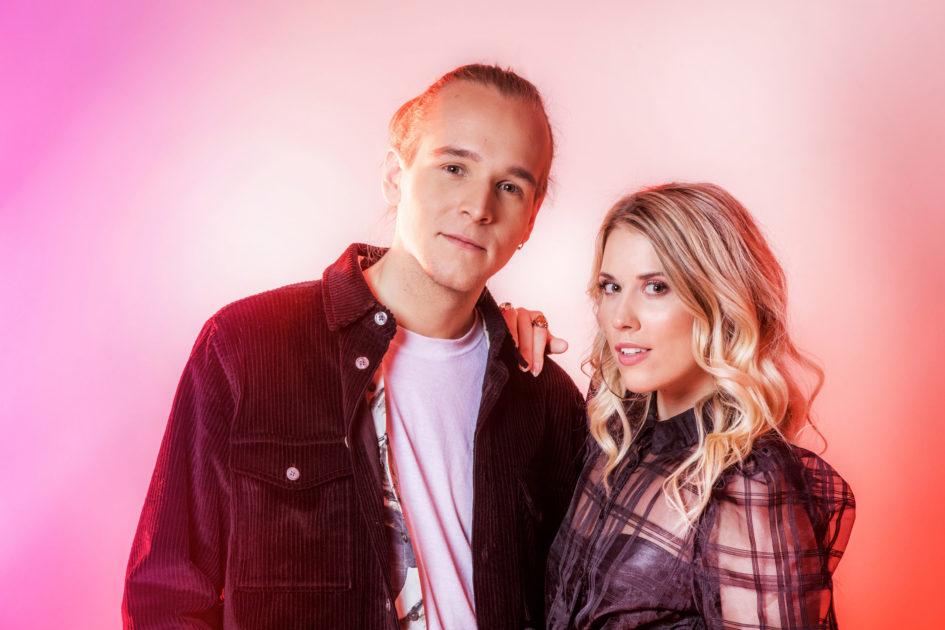 """Bidragsbibeln: Ellen Benediktson & Simon Peyron med """"Surface"""" i Melodifestivalen 2020"""