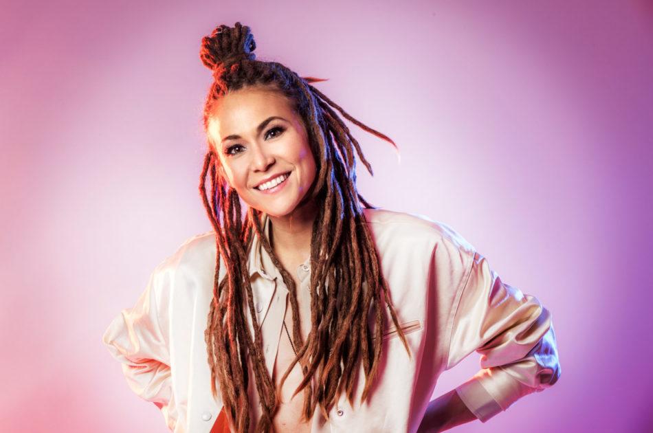 """Bidragsbibeln: Mariette med """"Shout It Out"""" i Melodifestivalen 2020"""