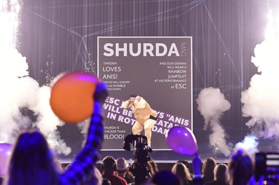 Anis Don Deminas charmoffensiv mot internationella juryn inför Melodifestivalen 2020-finalen