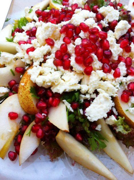 Päronsallad med fetaost & granatäpple